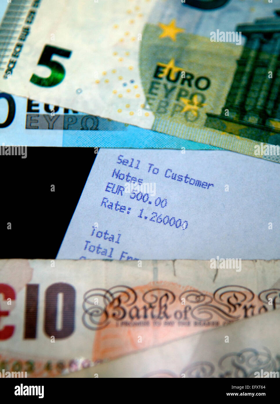 Convertir Euros En Libras Esterlinas British Pounds And Euros Exchange Imágenes De Stock British