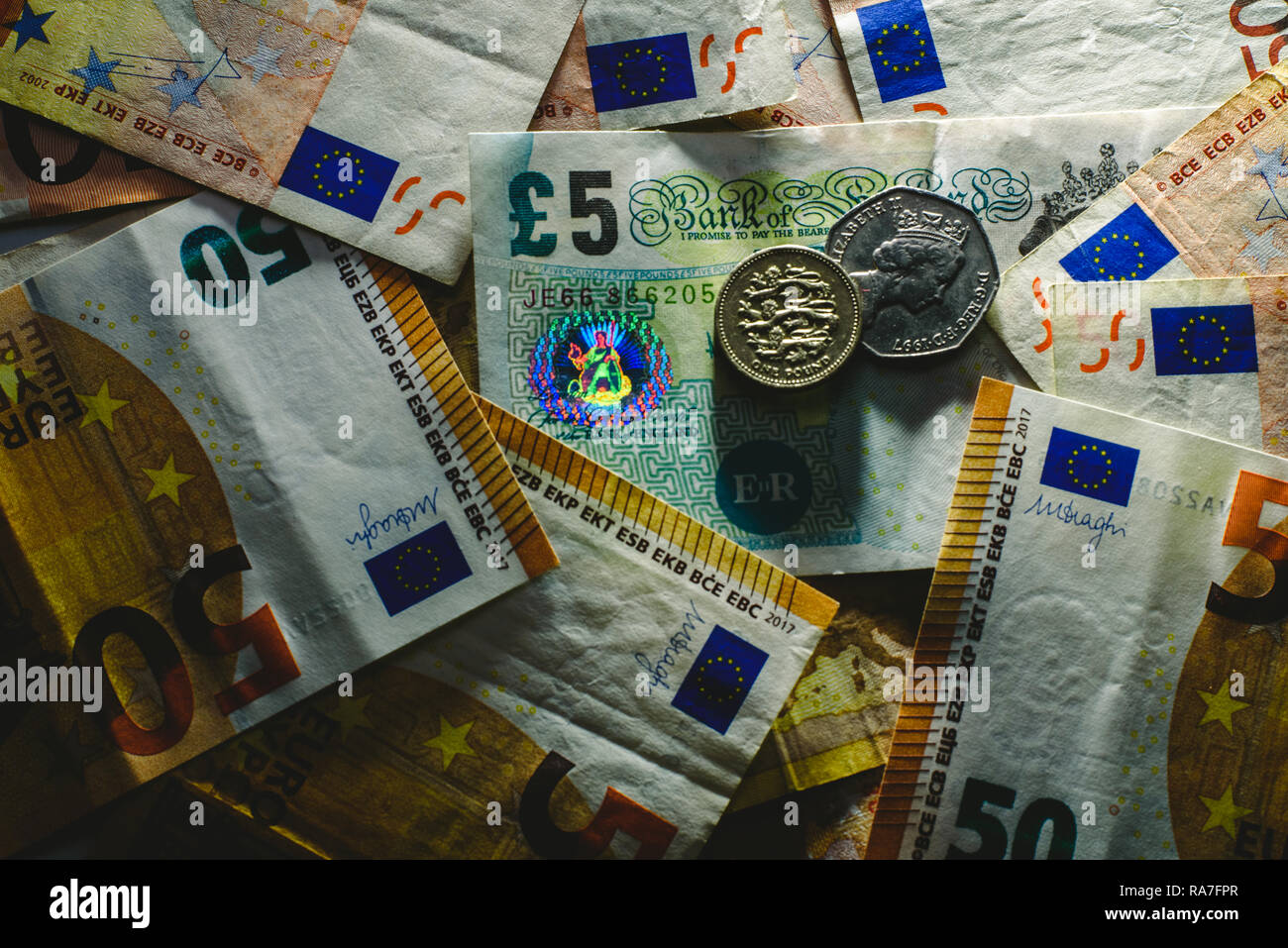 1 Libra Euros Currencies Euro Pound Dollar Note Imágenes De Stock Currencies