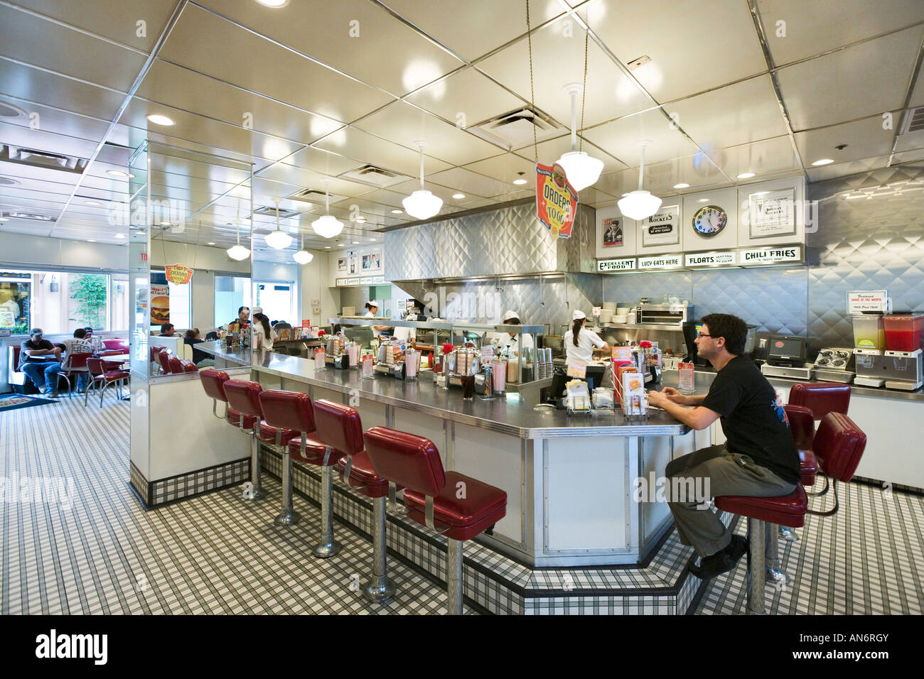 Johnny's Farmhouse Restaurant Style Rétro Johnny Rockets Restaurant Hamburger Pointe