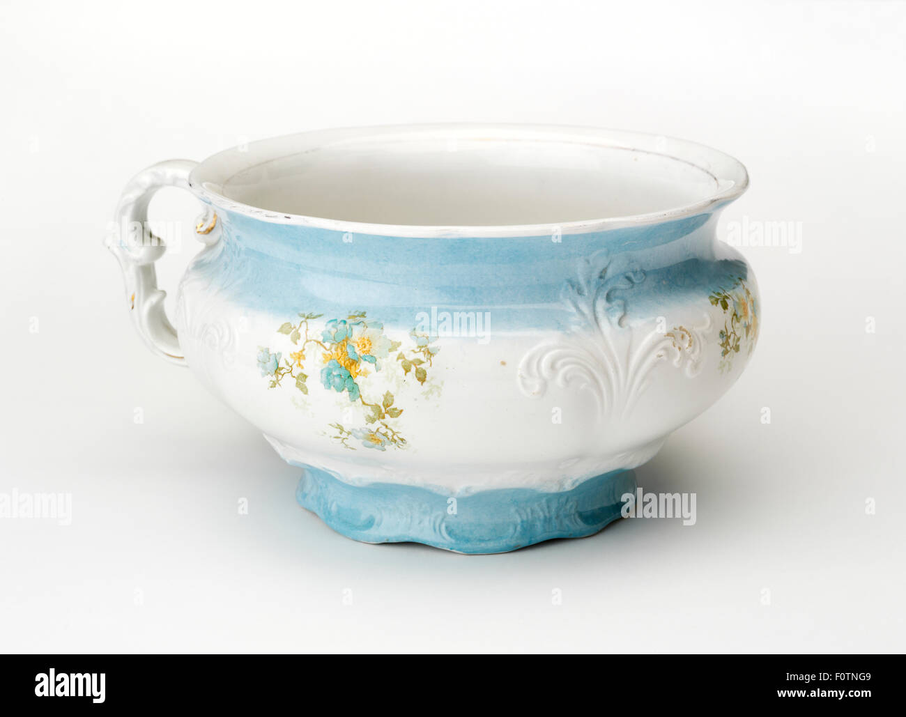 Bourdaloue Pot De Chambre Pot De Chambre Banque D Images Photo Stock 86595609 Alamy