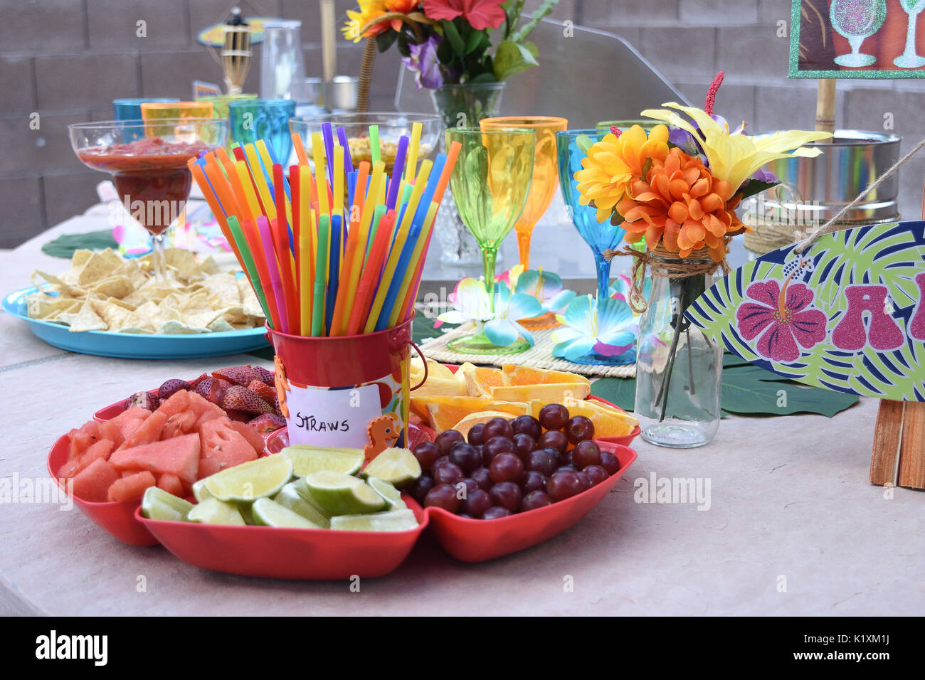 Decoration Hawaienne Pour Fete Hawaiian Bar Photos Hawaiian Bar Images Alamy