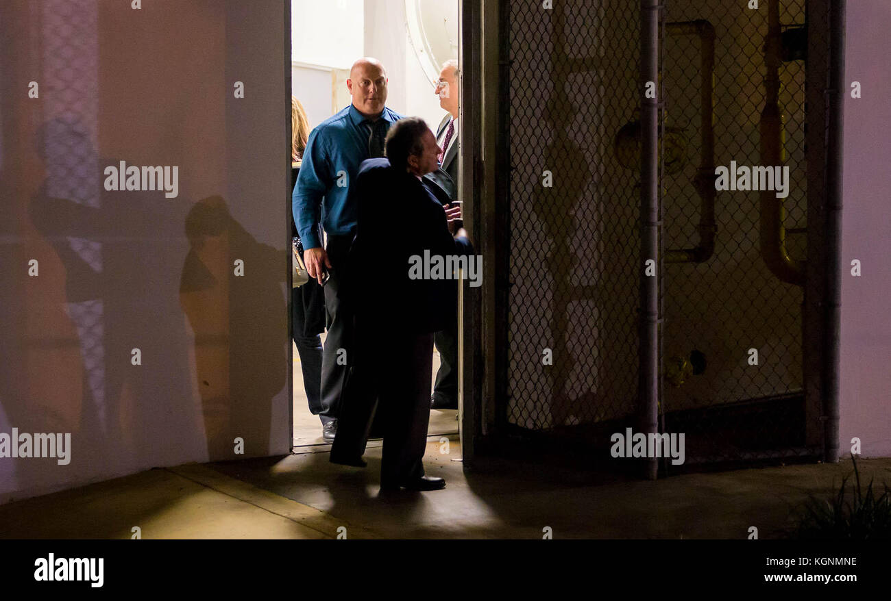 La Chambre Bleue Qui Est Coupable Police 005 Jpg Photos Police 005 Jpg Images Alamy