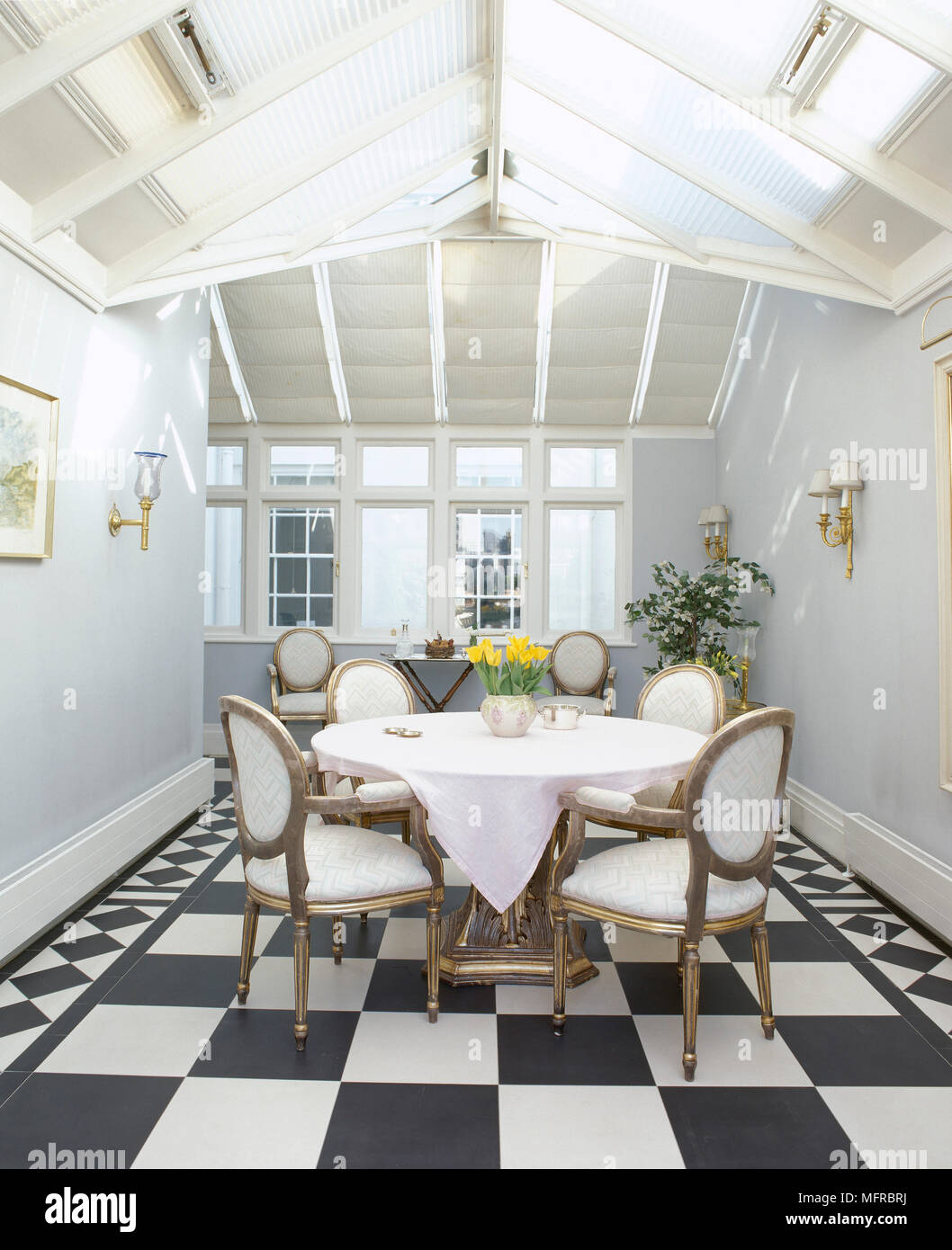 Chaise Salle A Manger Design Noir Et Blanc