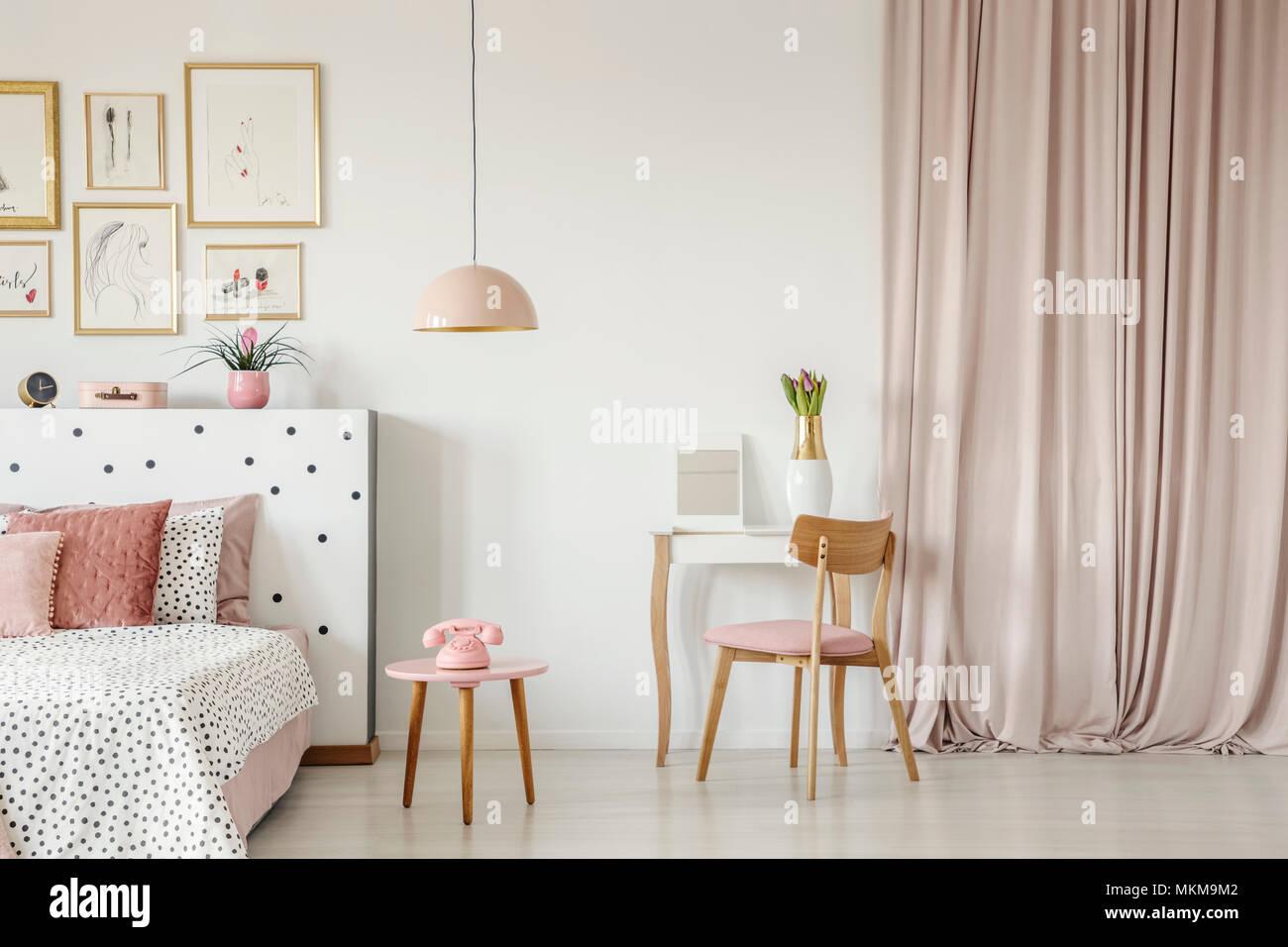 Chambre Rose Pastel | 10 Lits Qui Donnent Envie De Rester Sous La ...