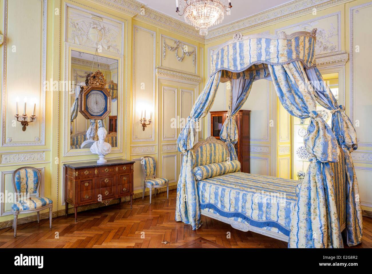 Camera Letto Bordeaux : Camera da letto bordeaux scegli l arredamento per la tua camera