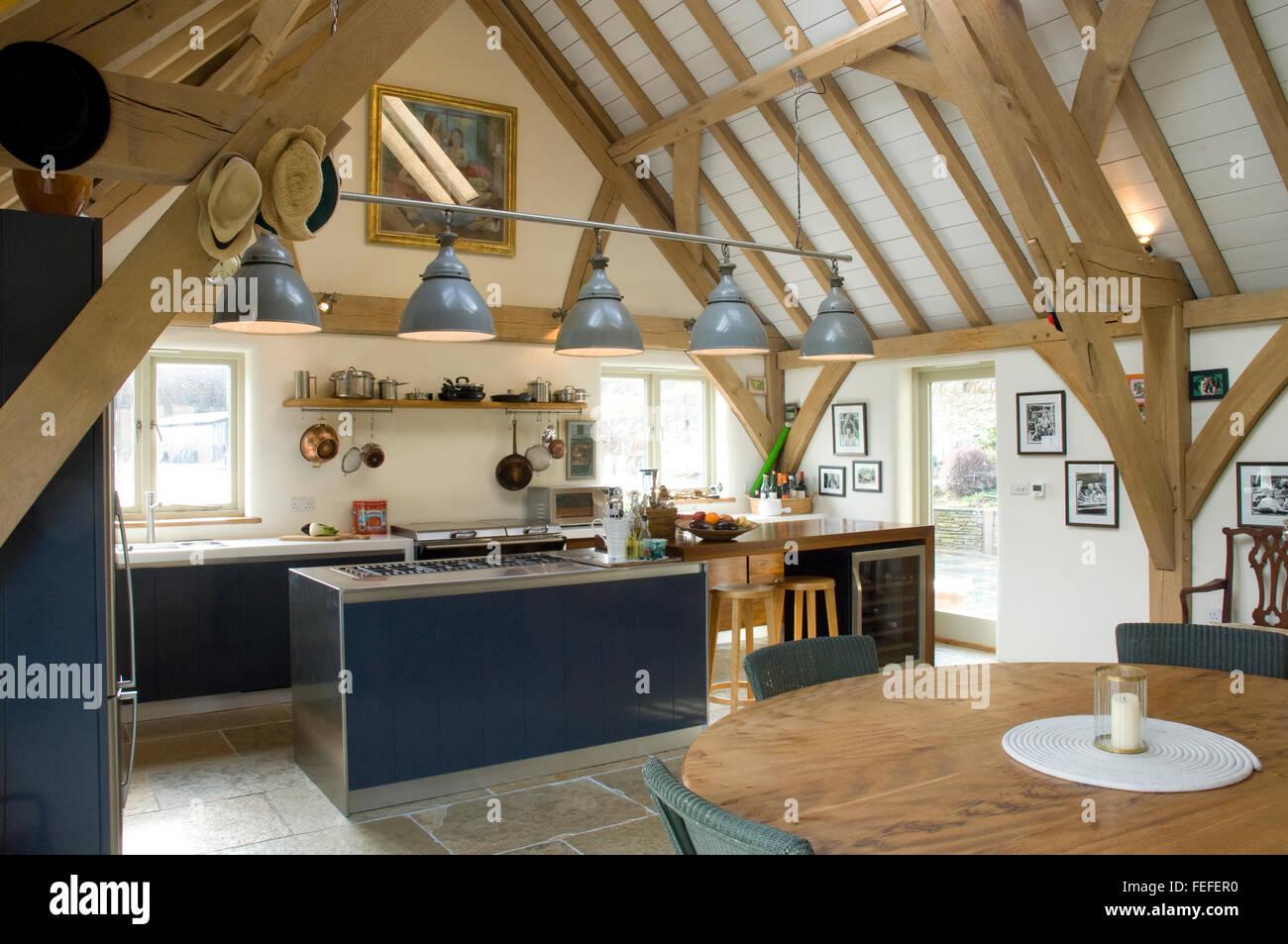 Plafoniere Per Travi In Legno : Plafoniere per travi legno illuminazione soffitto con in