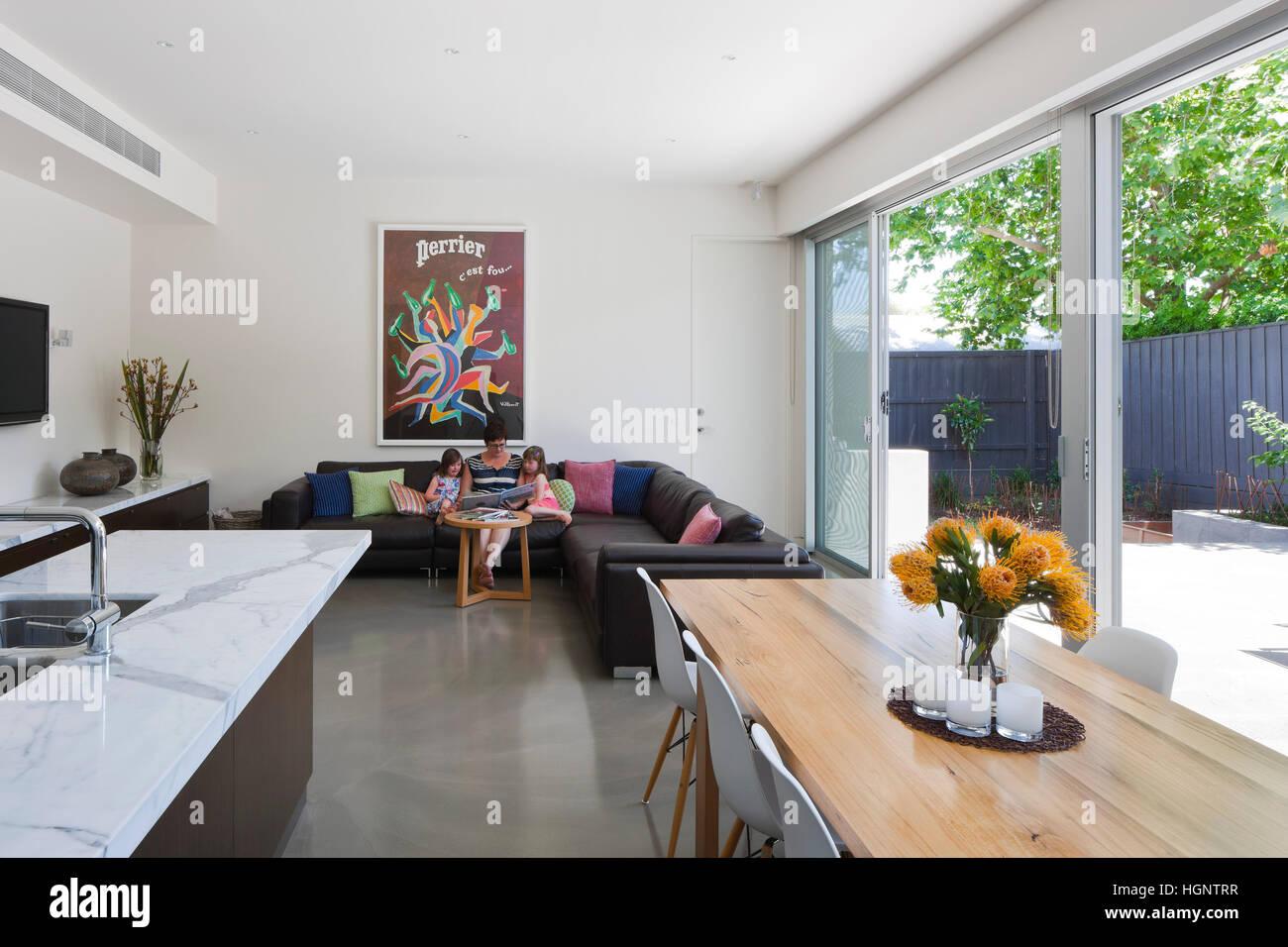Beautiful Cucine A Vista Sul Soggiorno Contemporary - Home Design ...
