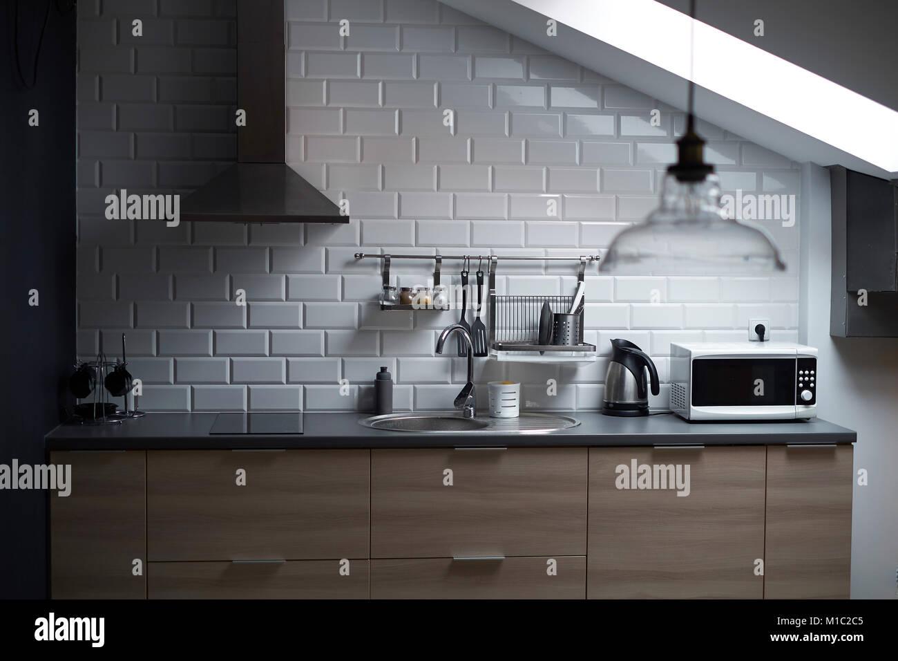 Piastrelle cucina a muro come mettere mattonelle al muro simple