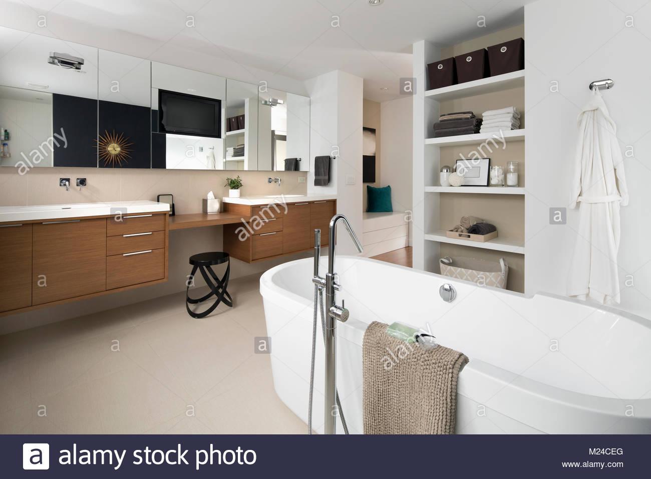 Vasca Da Bagno In Acrilico 180x81x60 Design Freestanding Ovale : Vasca da bagno moderna vasca da bagno in acrilico rettangolare