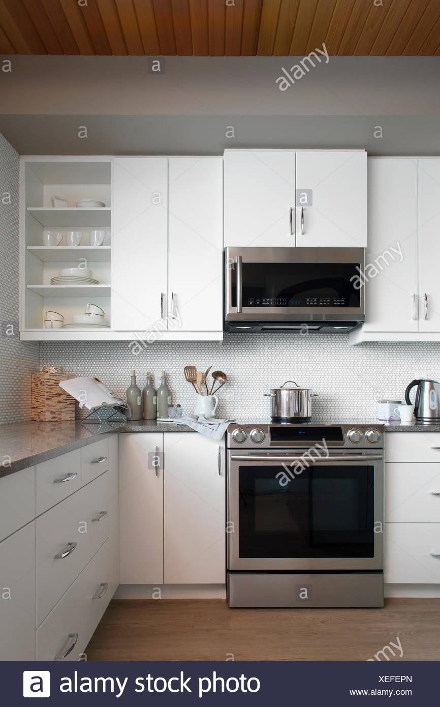 Cucina Moderna Con Elettrodomestici | Cucina Brio