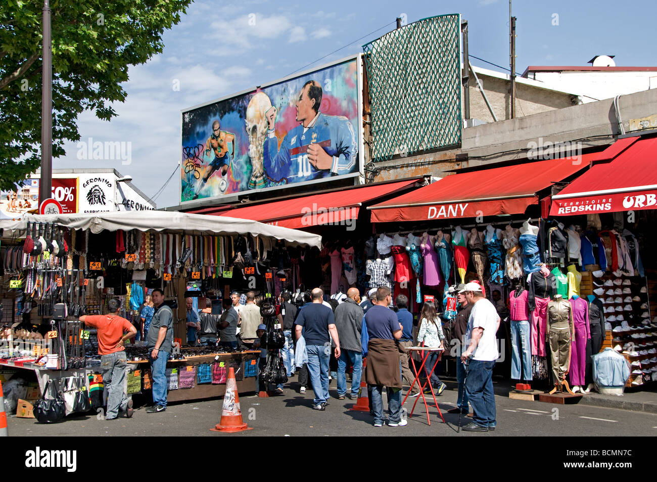 Saint Ouen Puces Marche Aux Puces De Saint Ouen Flea Market Paris Stock Photo