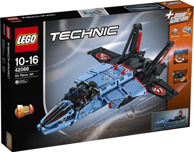 huge lego technic fighter jet and more revealed for 2017 news the brothers brick lego blog. Black Bedroom Furniture Sets. Home Design Ideas