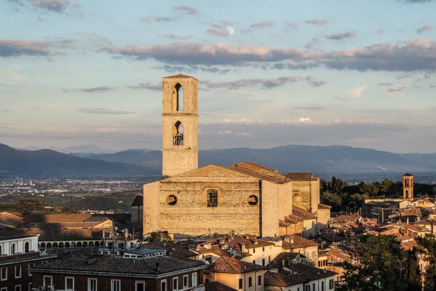 Vista di Perugia dai giardini Carducci
