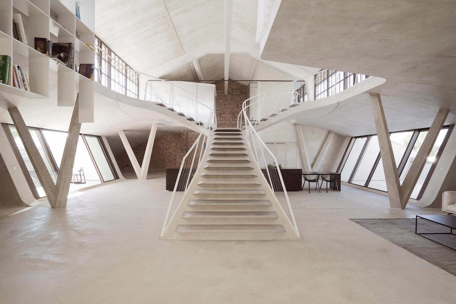Concrete Rooms Rounded Concrete Staircase Opens Up All Rooms And Also Appears To