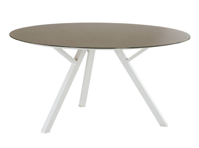 Table Exterieur Villaverde | Aménager Une Salle à Manger Au Jardin ...