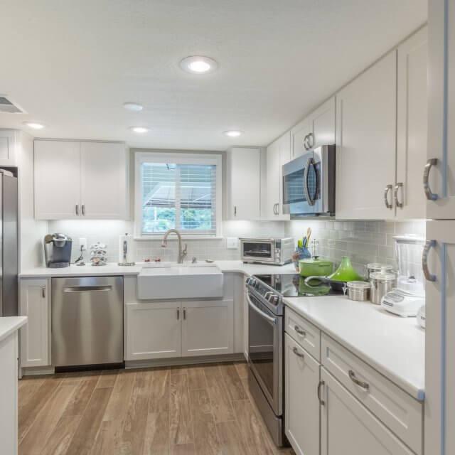 Beach Kitchen Cabinets Design