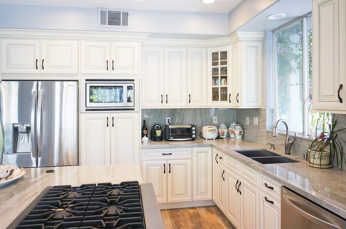 Rta Kitchen Cabinets Los Angeles Antique White Rta Cabinets Cabinet City Kitchen And Bath