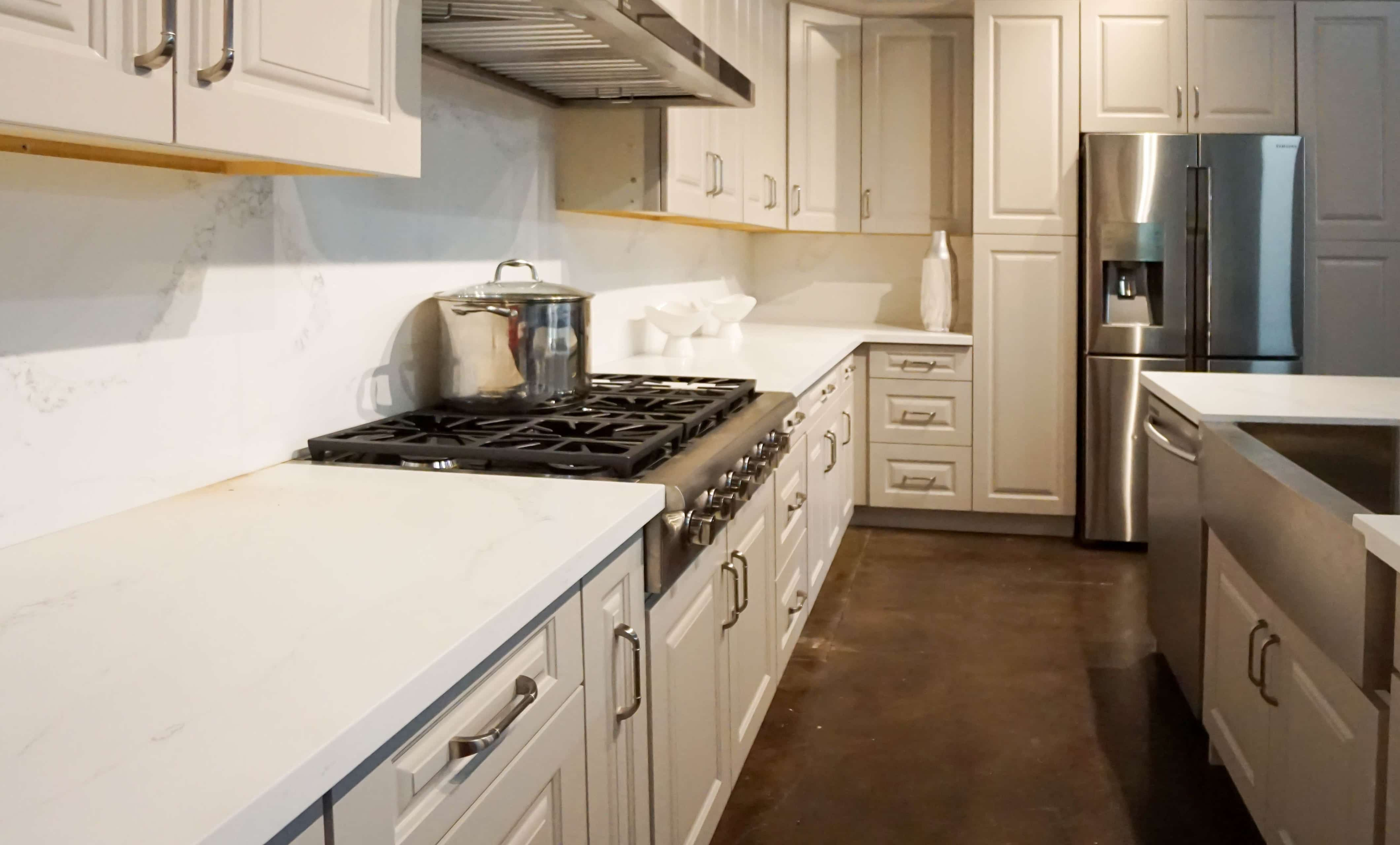 Kitchen Backsplash Ideas With White Cabinets Move Over White Taupe Kitchen Backsplash Ideas Are In Cabinet