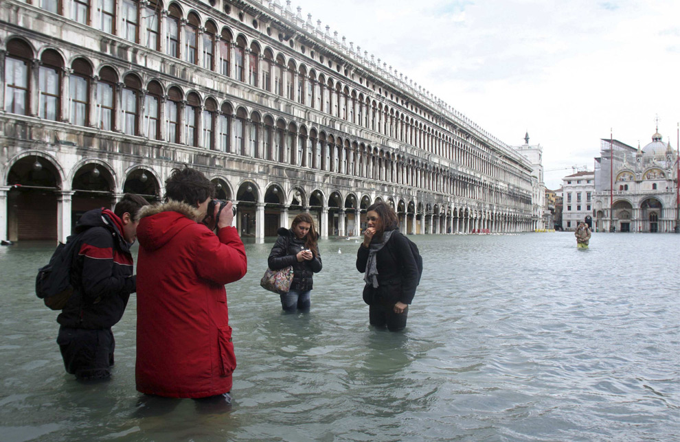 Venice under water - Photos - The Big Picture - Boston