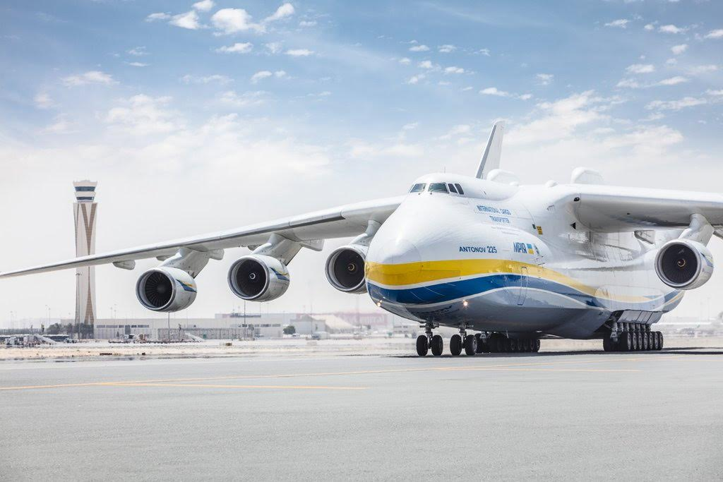 A380 Wallpaper Hd World S Largest Plane Lands At World S Biggest Airport In