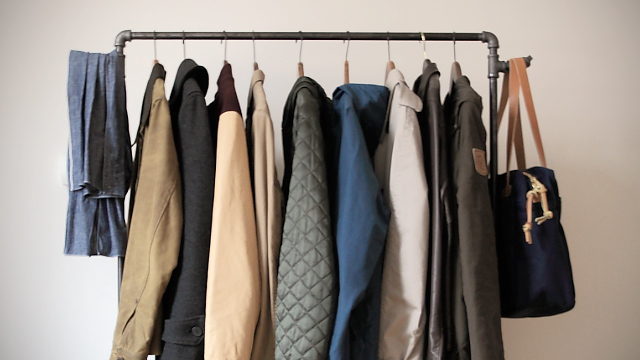 Make Your Own Industrial Style Clothing Rack Lifehacker