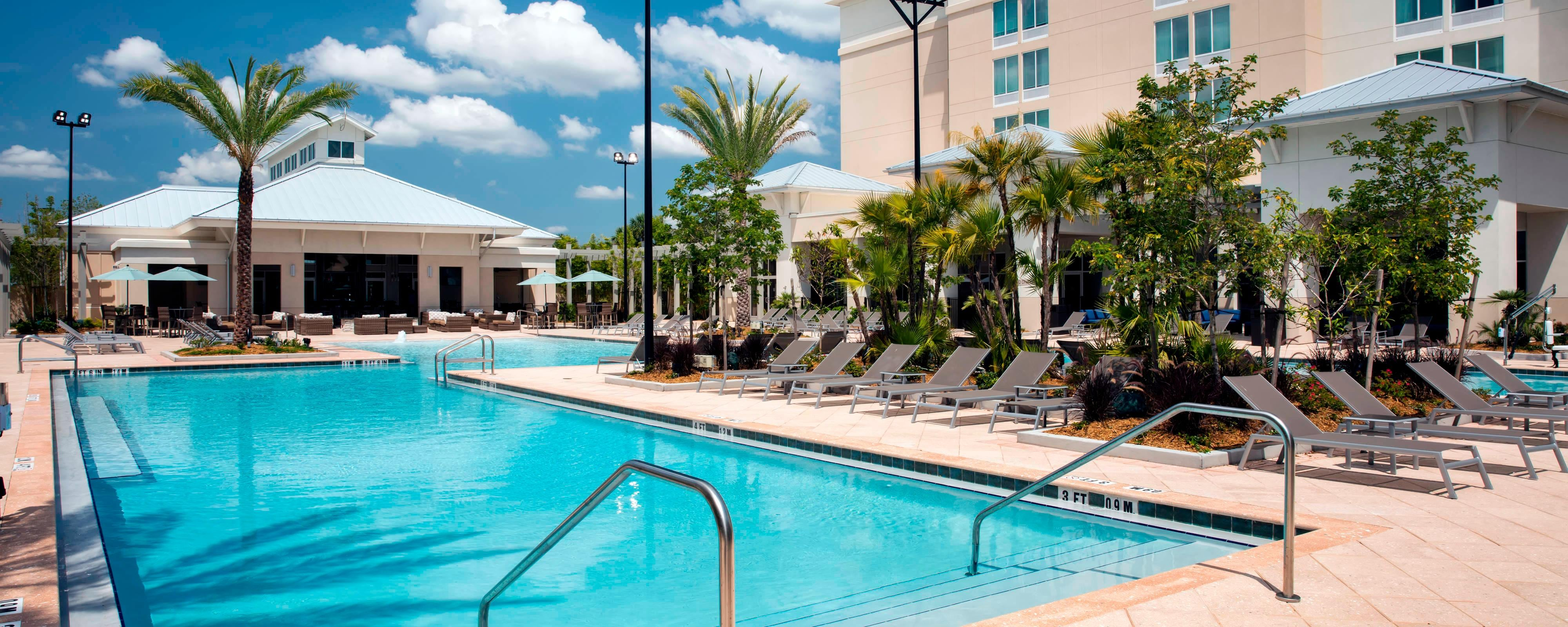 Flamingo Pool Dates Hotel With Pool In Winter Garden Fl Springhill Suites