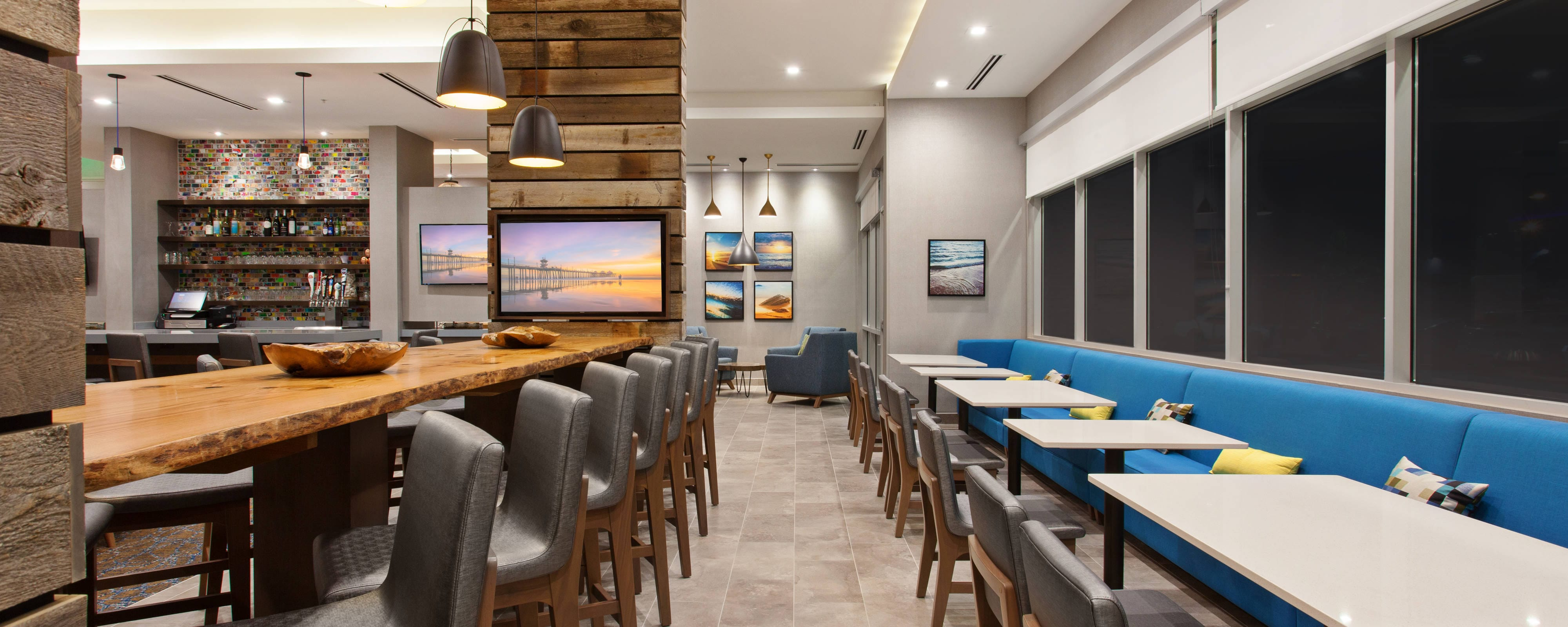 Hotel Dining Restaurants Springhill Suites Huntington Beach Orange County