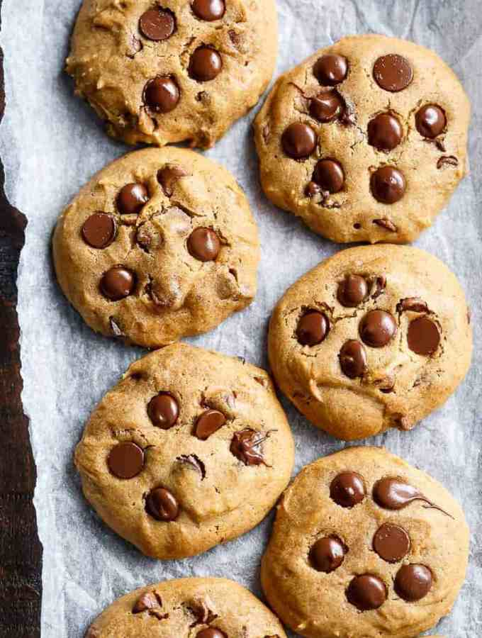 Soft Pumpkin Chocolate Chip Cookies are crispy on the edges and soft and chewy in the centre! The perfect cookie for the season! | http://cafedelites.com