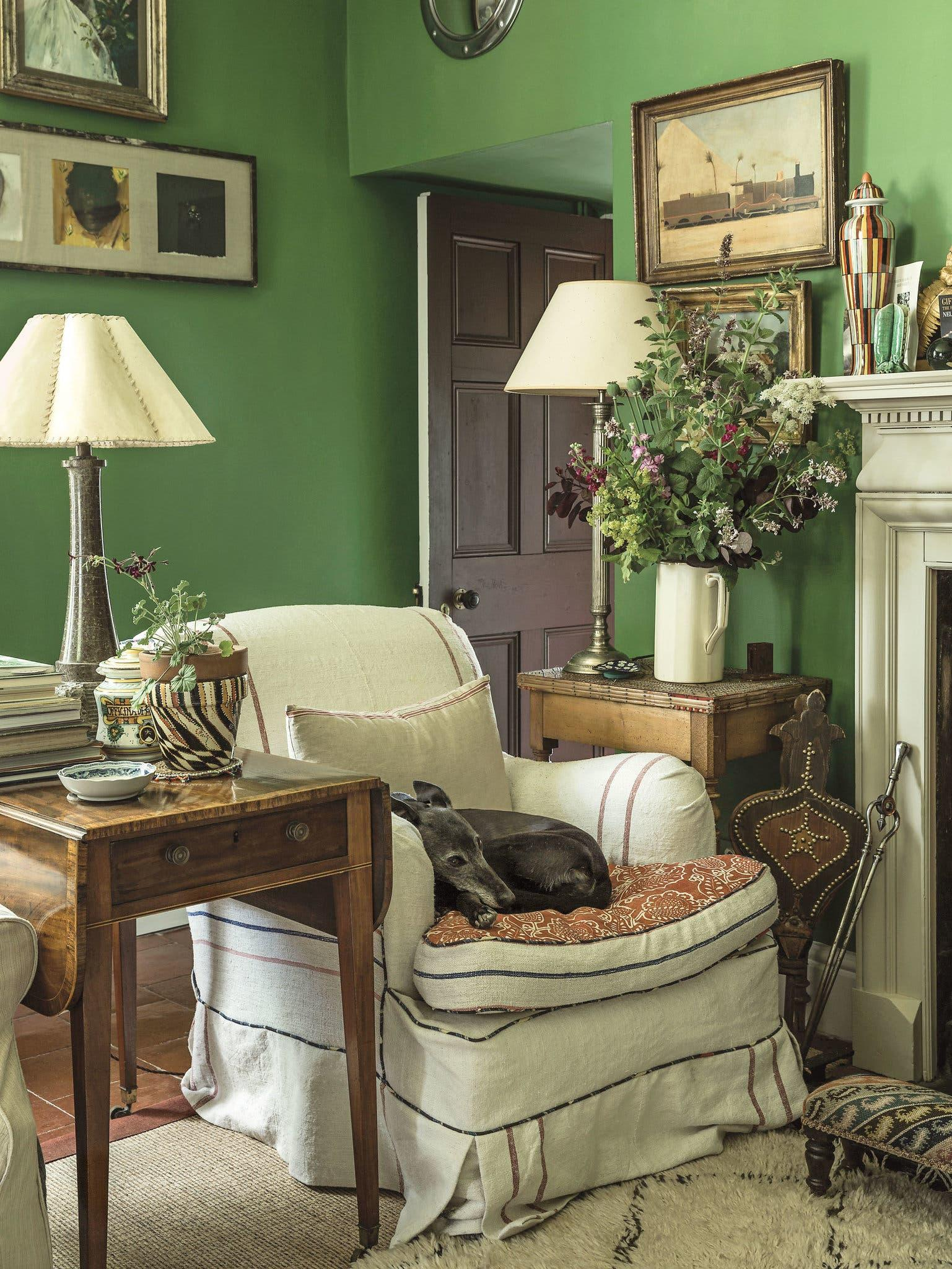 10 Ways To Create English Cottage Charm In Your Home