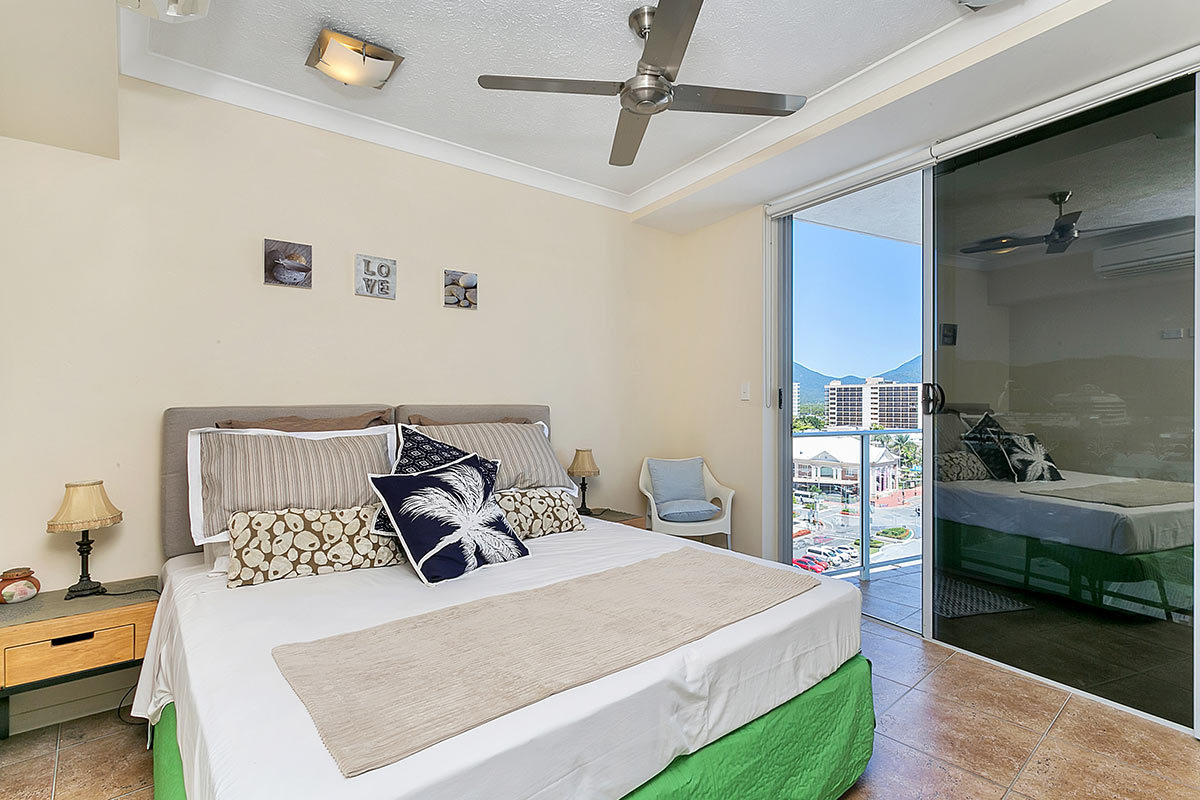 Beds Cairns Cairns Accommodation Cairns City Centrepoint Apartments