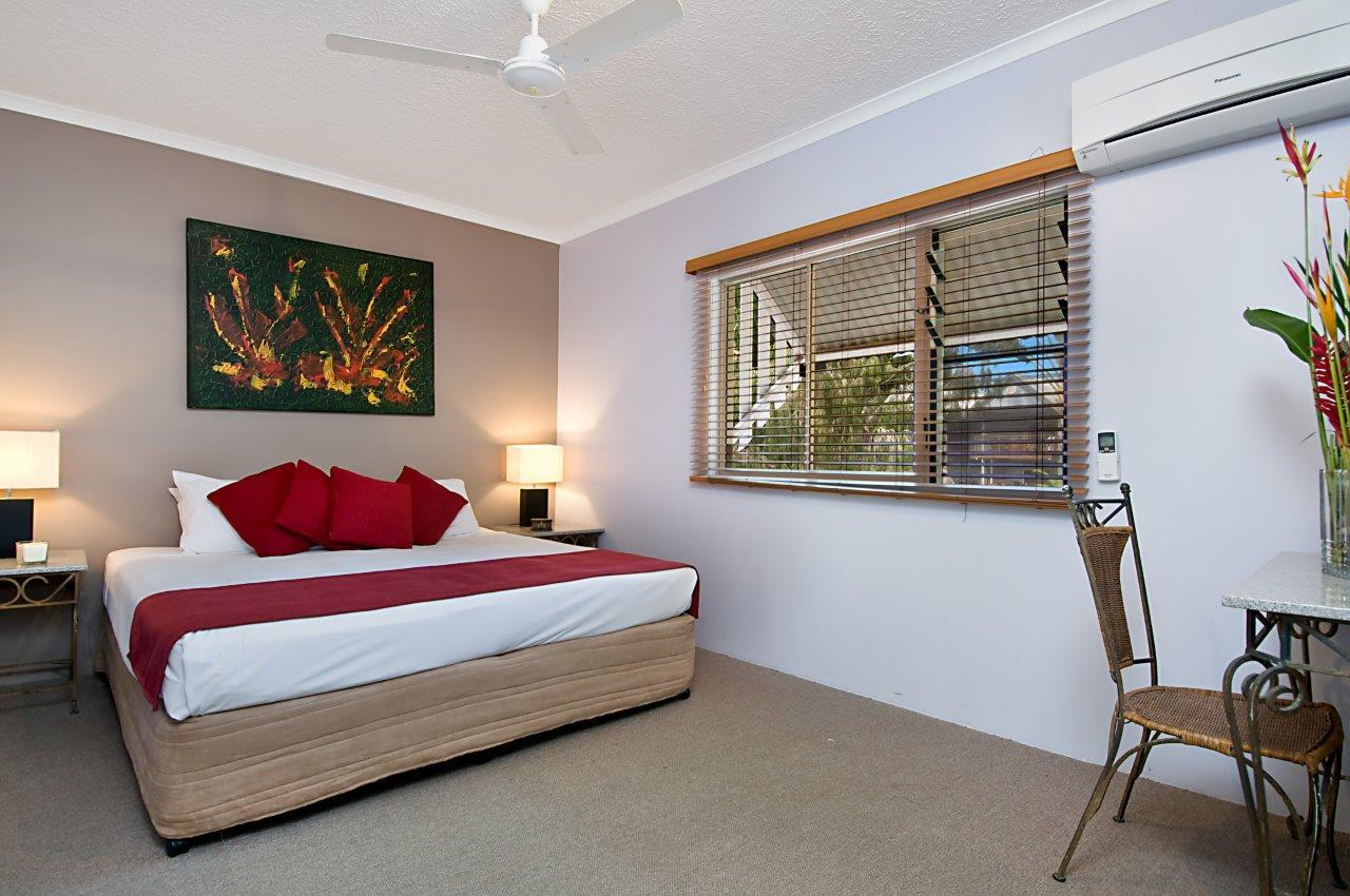 Beds Cairns Cairns Beaches Resort Accommodation Self Contained