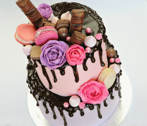 Chocolate Rose Drip Cake