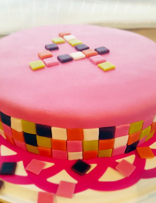 Square cake - fyrkantstårta