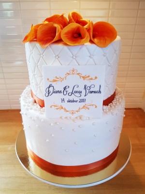 Höstig bröllopstårta med mangokallor