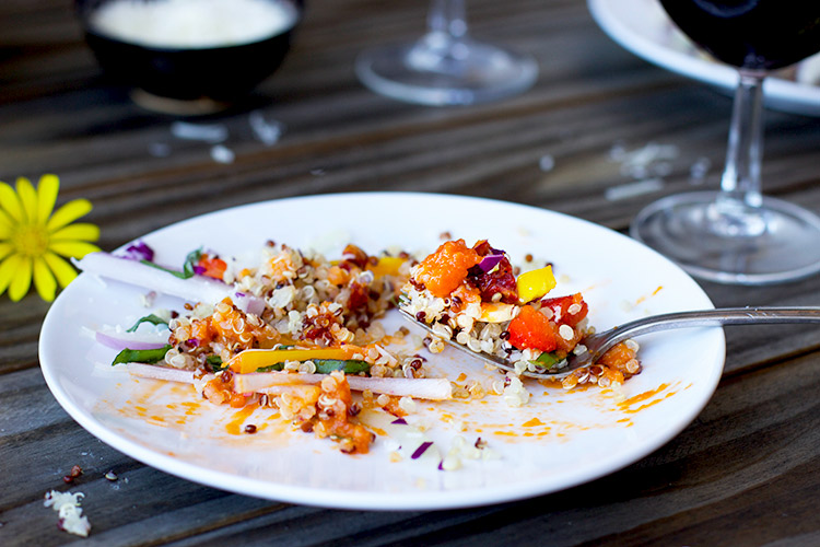 Quinoa-Salad-with-a-Sun-Dried-Tomato-Vinaigrette