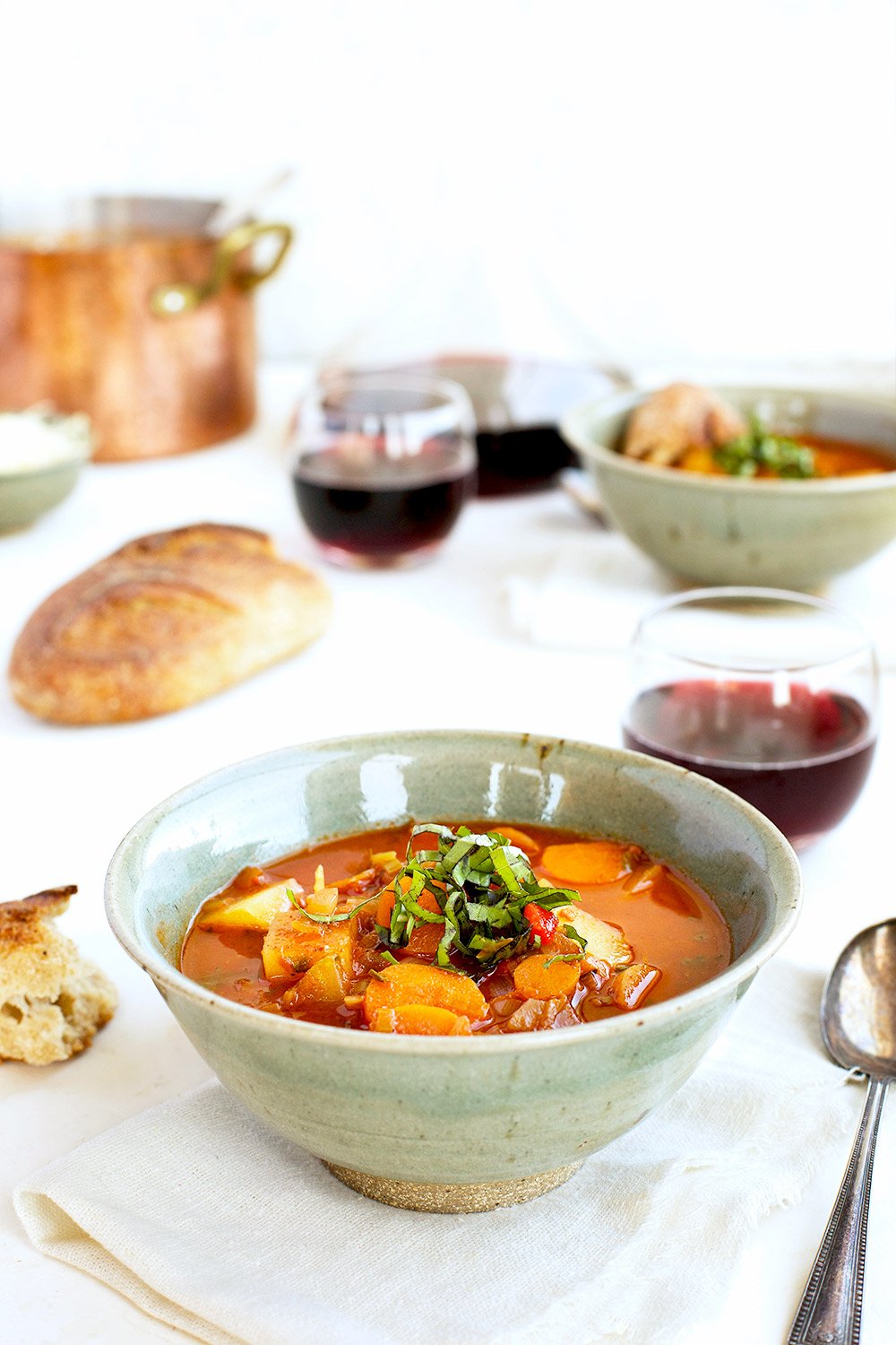 Hearty Vegetable Tomato Basil Stew