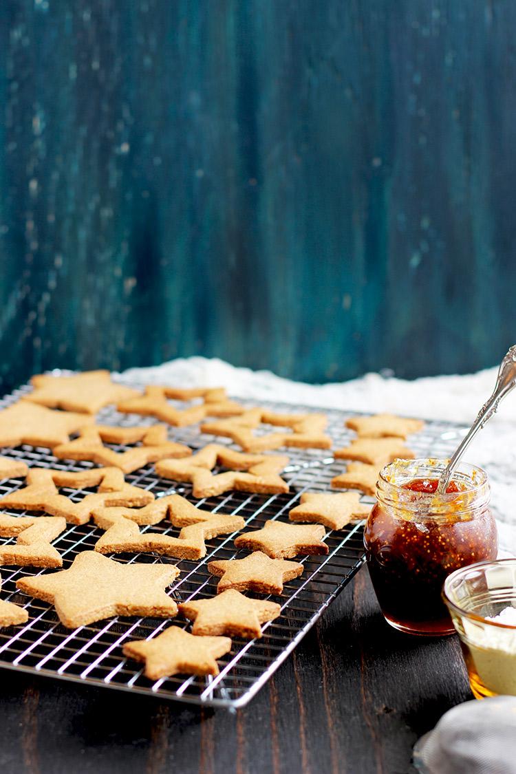 Linzer-Spice-Cookies