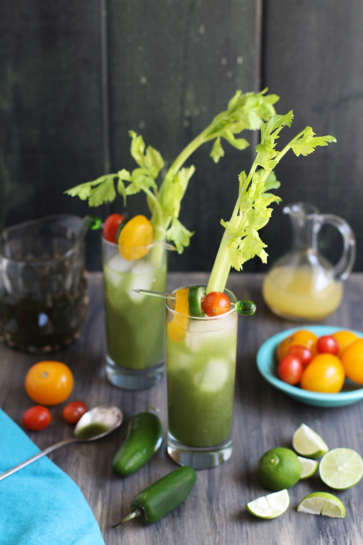 Roasted Pepper Spirulina Bloody Mary