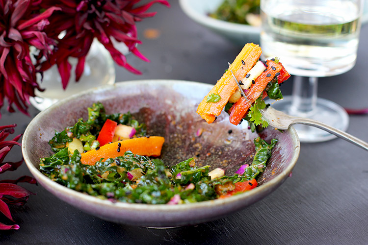 Kale Roasted Carrot Salad with Roasted Red Pepper Sesame ...