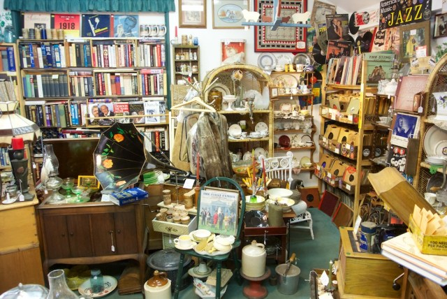 Antique Shop Idyllwild 640x428
