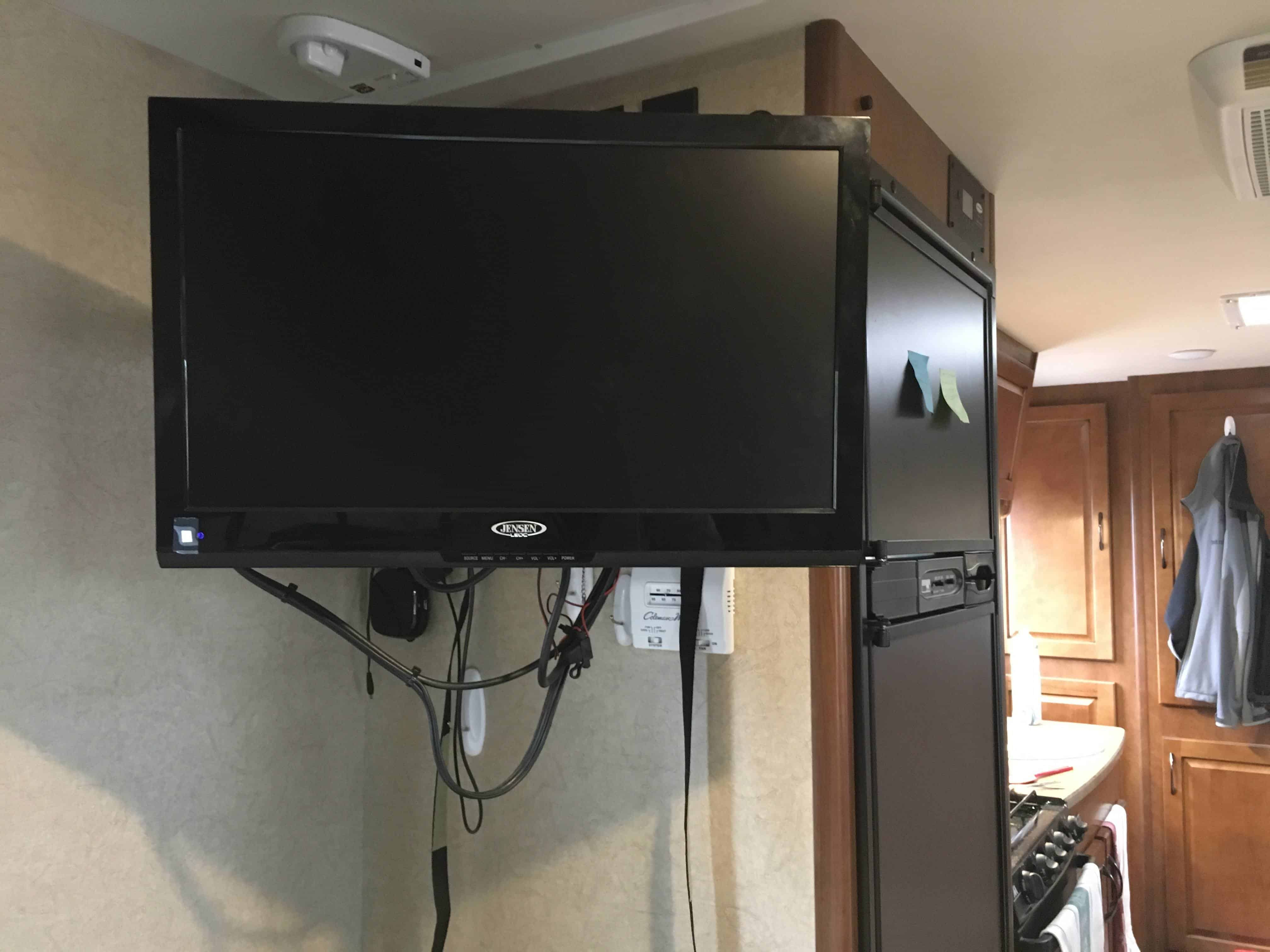 Good Guys Small Tv What Is The Best 12 Volt Tv For Rvs In 2019 Camp Addict