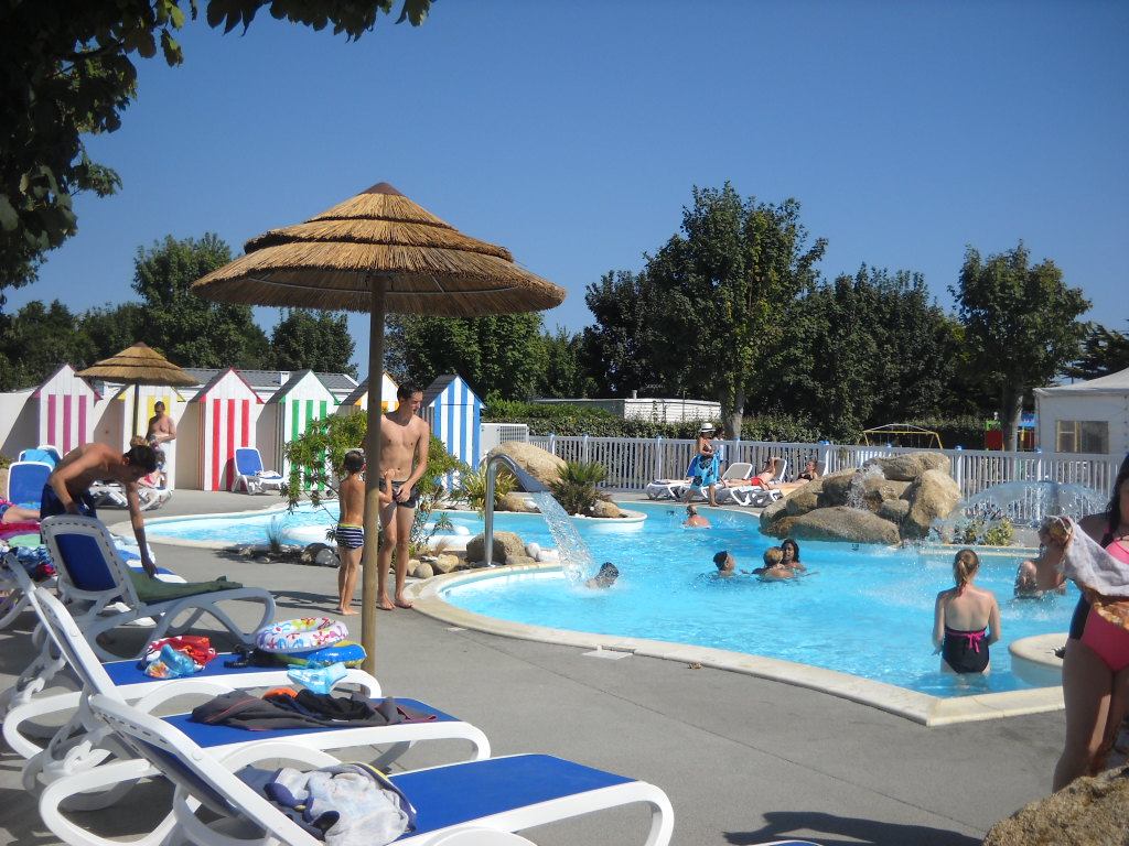 Camping Bretagne Met Zwembad Camping Finistere Stacaravan Finistere Camping Aan Zee