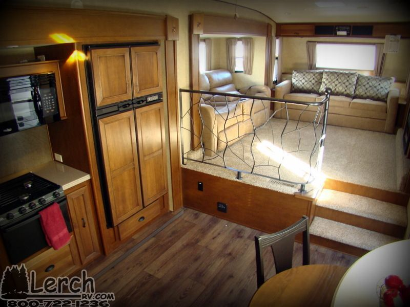 2014 Roamer RF346FLR front living room four season fifth wheel - front living room fifth wheel