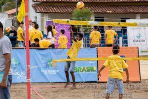 Vôlei é uma das oito modalidades que as crianças e jovens poderão praticar (Célia Santos/ IEE)
