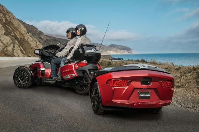 Limited storage space? Say hello to the new Can-Am trailer Can-Am