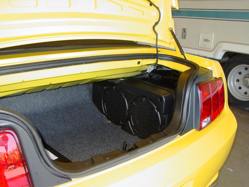 2005-2009 Ford Mustang Car Audio Profile