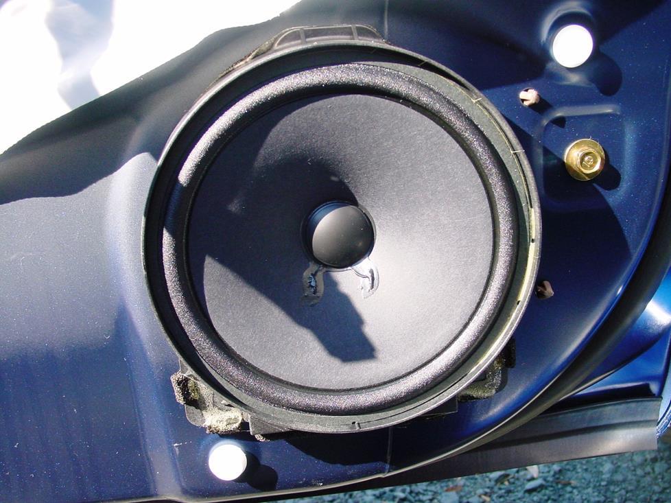 2001-2005 Honda Civic Sedan Car Audio Profile