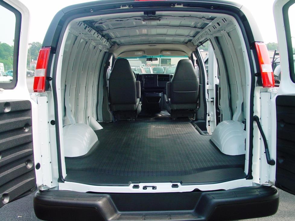 2003-up Chevrolet Express and GMC Savana Car Audio Profile