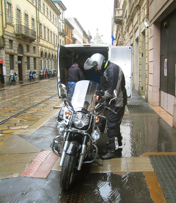 Wet-delivery