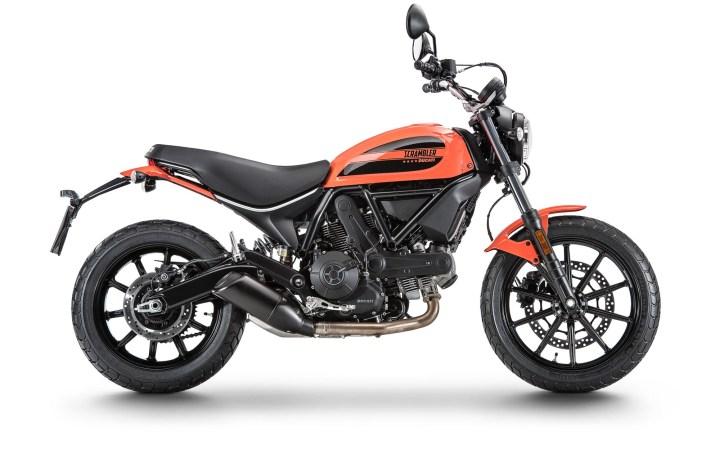 EICMA: Ducati Scramblers details – Flat Track Pro & Sixty2